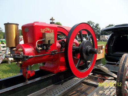 Antique_Engines_Pumps_Cars_at_Pepperell_Crankup_Summer_2015