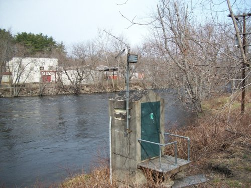 USGS_Streamflow_Station_on_Nashua_River_Pepperell